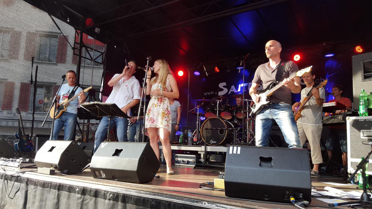Band Saitensprung auf der Bühne