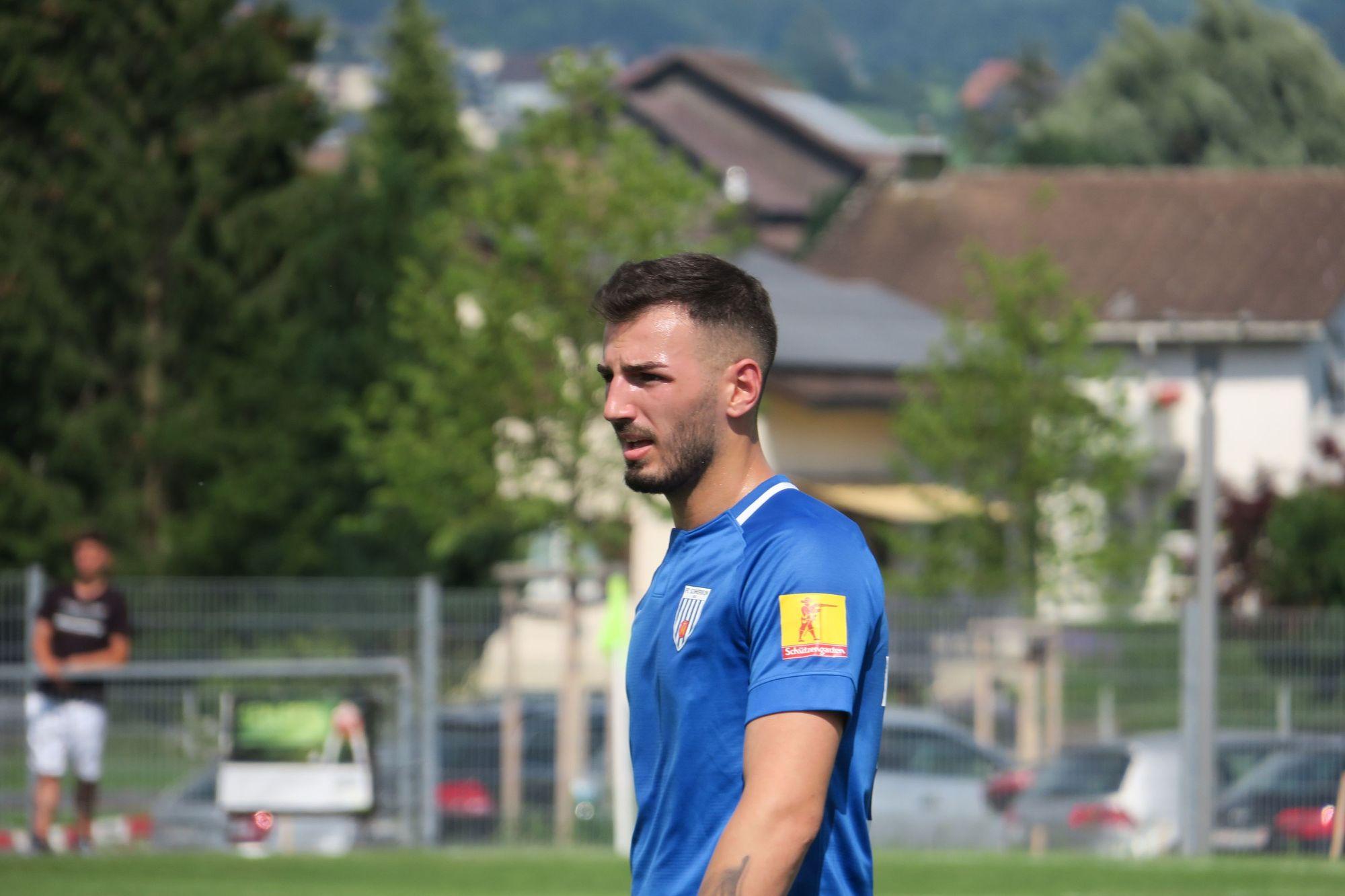 Gjejson Lleshaj vom FC Schmerikon am letzten Match gegen den FC Eschenbach am 26. Juni 2021 (Foto: Thomas Müller, 8716.ch)