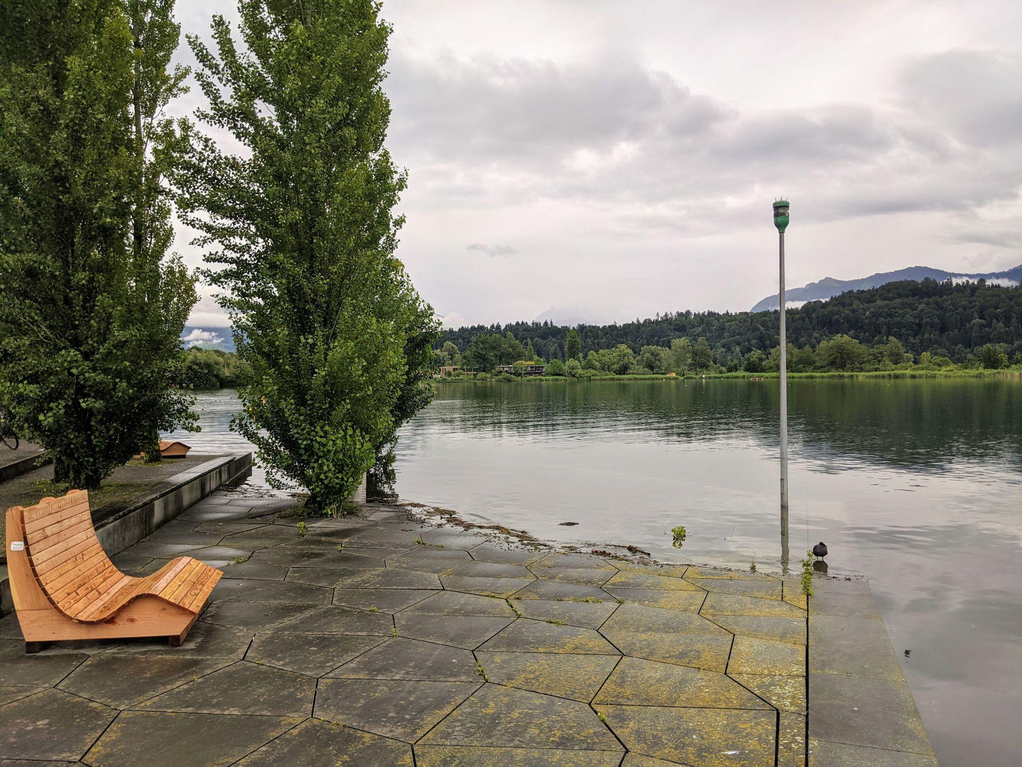 Hochwasser am 13.07.2021 in der Schmerkner Seeanlage (Foto: Thomas Müller, 8716.ch)