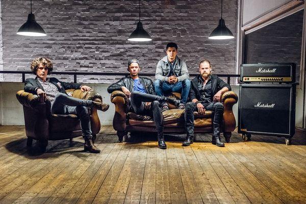 Rival Empire veröffentlichen Album Talk