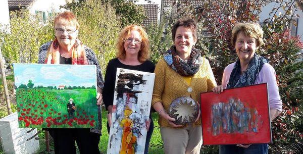 Vier Künstlerinnen präsentieren ihre kreativen Arbeiten